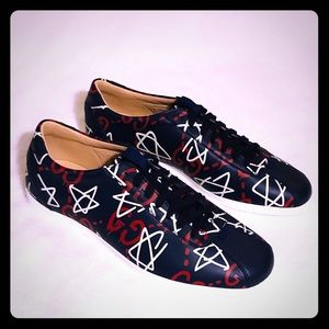 Gucci Ghost Print Black Leather Low Top Sneakers